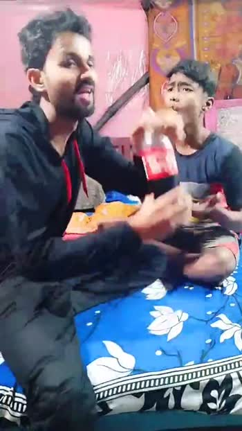 😊 COKE पिलाएं रिश्ते रौशन करें - ShareChat