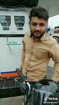 पेट्रोल के दाम - @ ashishvarotra 100 . 00 32 0 . 66 170 1992 2592 PETROL - ShareChat