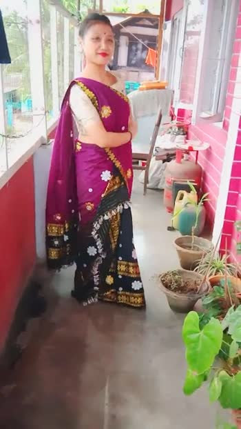 মোৰ প্ৰিয় পোছাক👚👗 - ShareChat