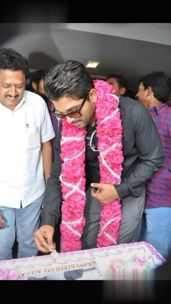 Happy birthday Big B - Happy Birthday ALLU ARJUN @ rowdymudasseer143 CAUCAINS 8th APRIL WISHING ALLU ARJUN A VERY HAPPY BIRTHDAY Birthday Wishes To # StylishStar aka # Allu Arjun @ rowdymudasseer143 - ShareChat