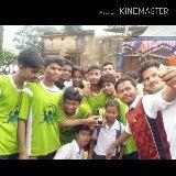 বন্ধুর সাথে সেলফি - Made with KINEMASTER edting by sk sanjoy   Class 11 , 12 এর আনন্দ টা আজ ।  - ShareChat