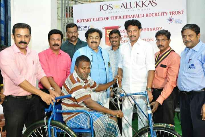 DMK4TN - JOS ALUKKAS WELRY A TRADITION OF ROTARY CLUB OF TIRUCHIRAPALLI ROCKCITY TRUST Rotary is 1000 55 VERSARY CHAS Dis TION SOTTO - ShareChat