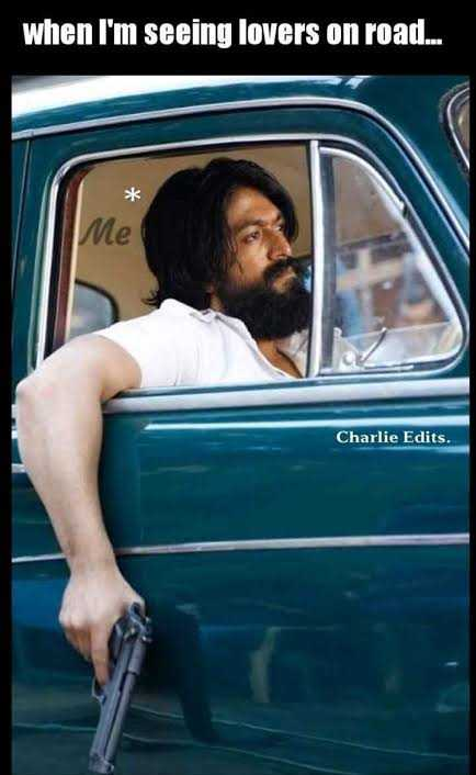 😱 Emotional Faces - when I ' m seeing lovers on road . . . Me Charlie Edits . - ShareChat