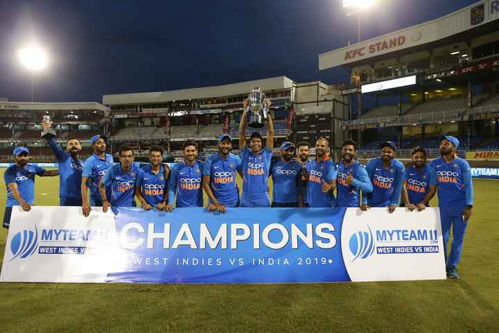 🏏IND VS WI 3rd ODI - KFC STANDO KFC Carib Beer DEL MIRA Oppo INDIA oppoppo * TYTEAM1 oppo IND NDIA Popo oppo INDIAN NA орро INDO opoo on орро INDIA NOTA 1 ) MYTEAN CHAMPIONS D MYTEAM11 . COM WEST INDIES V WEST INDIES VS INDIA WEST INDIES VS INDIA 2019 . - ShareChat