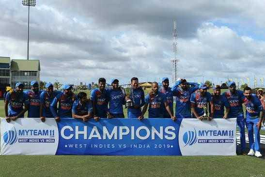 🏏IND vs WI 3rd T20 - ) MYTEAM CHAMPIONS ) MYTEAM 11 WEST INDIES VS INDIA WEST INDIES VS INDIA 2019 . - ShareChat