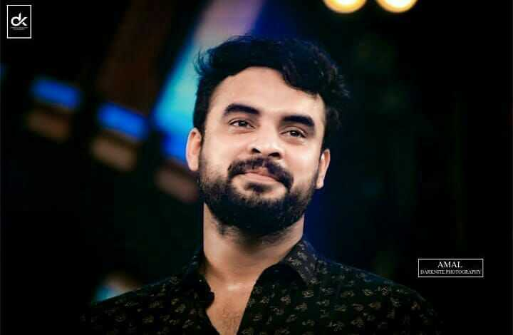 🎥 Tovino Fans - [ R AMAL DARKNITE PHOTOGRAPHY - ShareChat