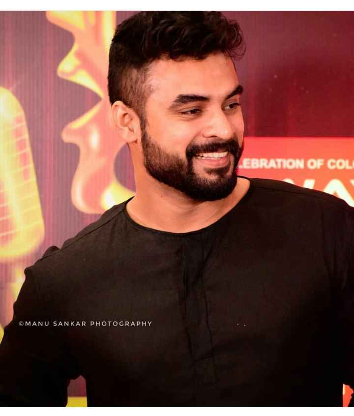 🎥 Tovino Fans - EBRATION OF COL ©MANU SANKAR PHOTOGRAPHY - ShareChat