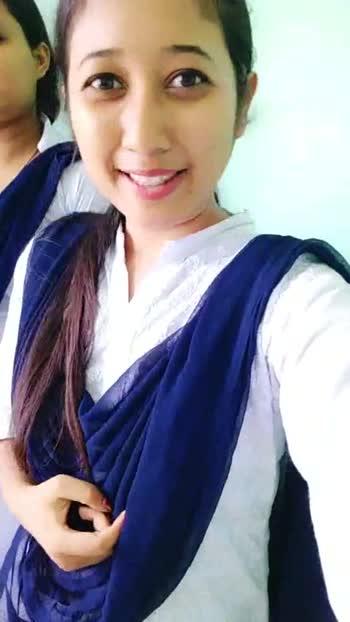 😎 মোৰ কলেজৰ দিনবোৰ - ShareChat