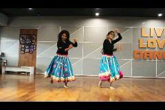 dance performance - LLVE LEVE SANCE - ShareChat