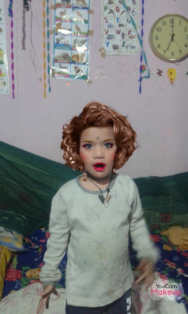 👫 बच्चों का फैशन - 6 YouCam Makeu - ShareChat
