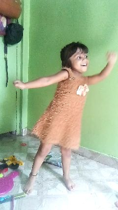 किड्स डान्स - ShareChat