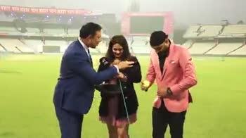 ইন্ডিয়া vs বাংলাদেশ LIVE - ShareChat