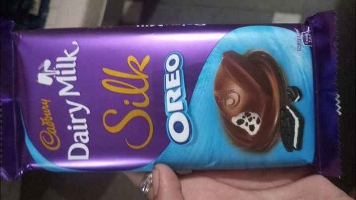 best gif - Carbury Dairy Milk Silk OREO Par220 and Calorile 12 - ShareChat