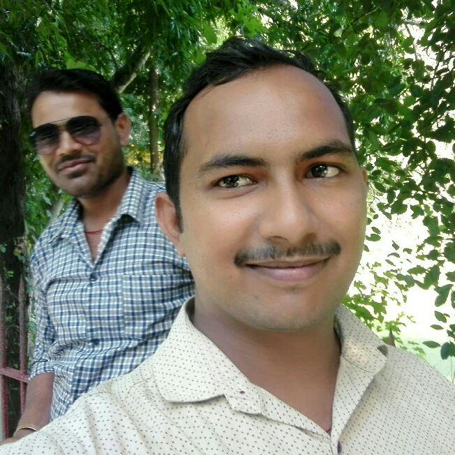Dhirendra Kumar - Author on ShareChat: Funny, Romantic, Videos, Shayaris, Quotes
