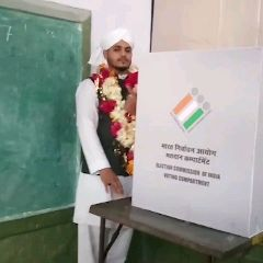 मध्यप्रदेश में मतदान live - ०६५ । । - ShareChat