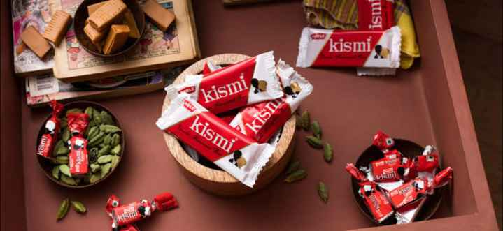 chocolate lovers 😘😍🍫👯 - ismi COLE kismi kismi kismi kis kismi kismi 3 km kism kismi kism - ShareChat