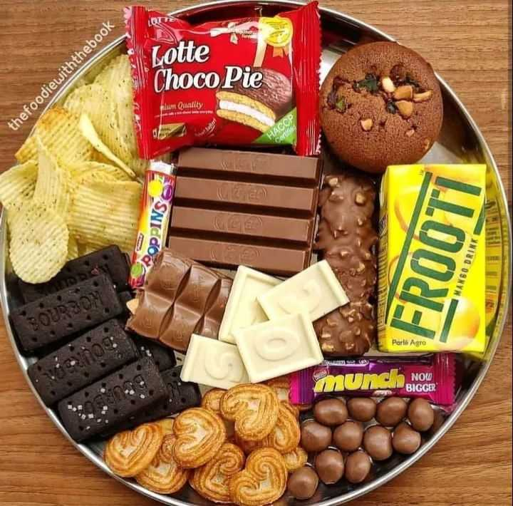 cookies - Lotte thefoodiewiththebook Choco Pie I Quality HACCP Com OPPINS LLOON : MANGO DRINK Parlo Agro muncho NOW BIGGER - ShareChat