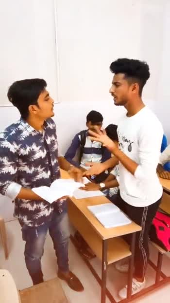 comedy video😅😂 - ShareChat
