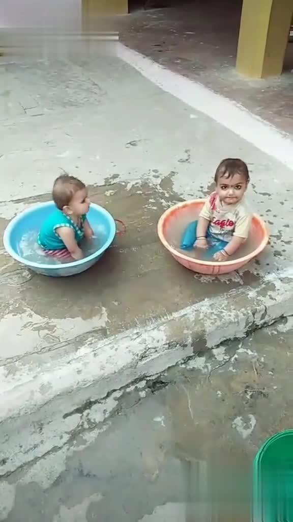 😆ఫన్నీ whatsapp స్టేటస్ - Tik Tok @ rameshwarrajput45 @ rameshwarrajput45 - ShareChat