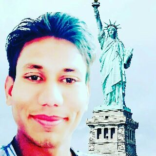 Sema Lakha Bajakhana  - Author on ShareChat: Funny, Romantic, Videos, Shayaris, Quotes