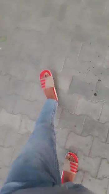 👣पैरों का वीडियो चैलेंज - ShareChat