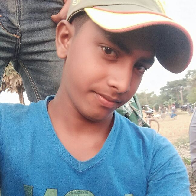 Pinjarul hoque - Author on ShareChat: Funny, Romantic, Videos, Shayaris, Quotes