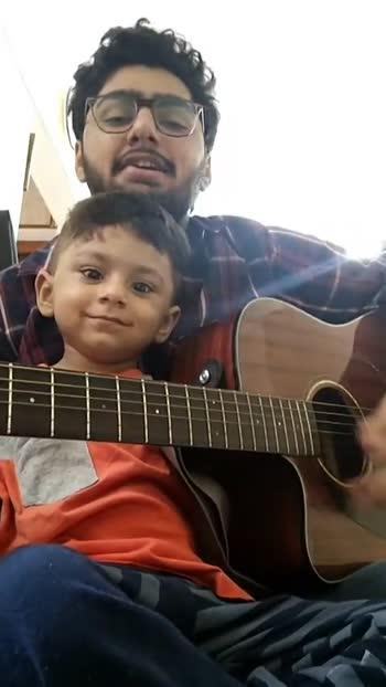 👶🏻  બાળક સાથેનો વિડિઓ - ShareChat