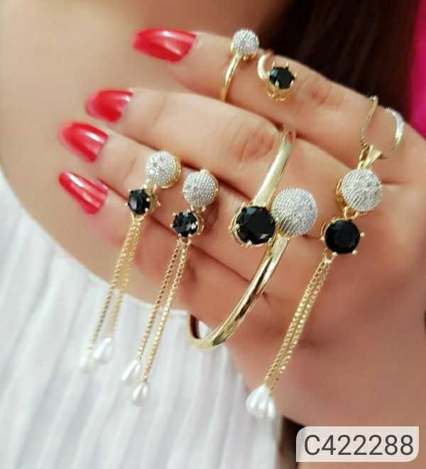 festival jewellery - ShareChat