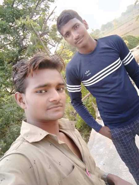friend & bast friend - ShareChat