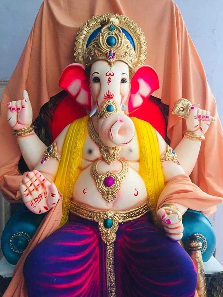 ganpati bappa  moriya - DIAS - ShareChat