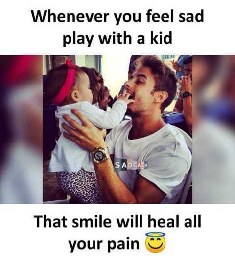 i love babys - Whenever you feel sad play with a kid SADCASM That smile will heal all your pain ☺ - ShareChat
