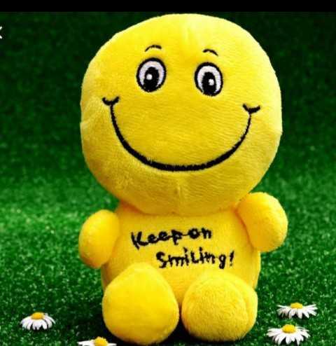 isha - Ô Keep on Smiling ! - ShareChat