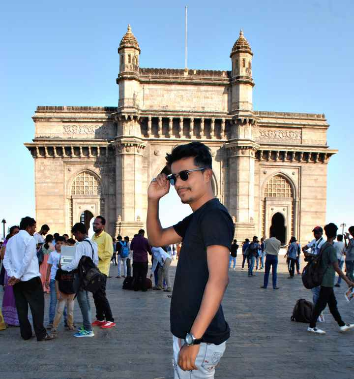 mumbai city - ERECTED TO CONNEMORATE THE LANDING IN INDIA OF THEIR IMPERIAL MAES KING GEORGE AND LEAR ON THE SECOND DECEMBENEM 23 - ShareChat