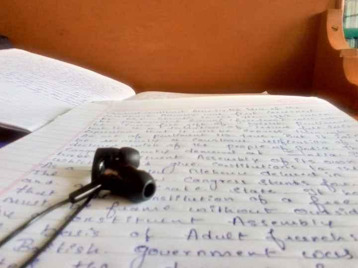 music.. - Adue - ShareChat