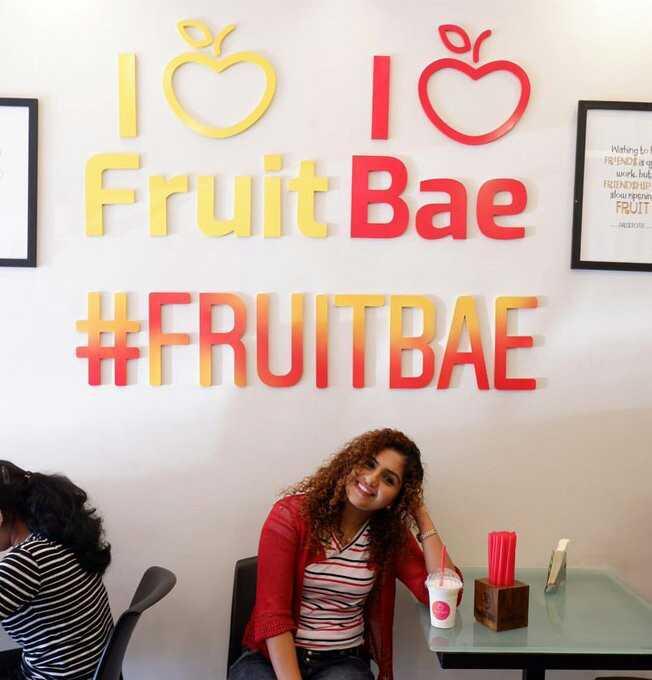noorin_shereef_ - 715 IŠ Fruit Bae # FRUITBAE Wething to FRIENDS work . but FRIENDSHIP sourporn FRUIT - ShareChat