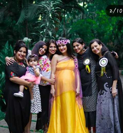 radhika pandith - 01 / 2 - ShareChat