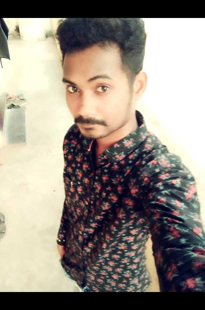 selfie - ShareChat