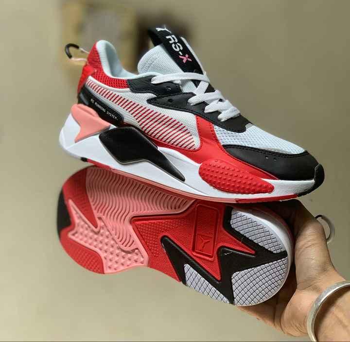 shoes - 77 JUDUL UUD DODOL ULUDLOL UUUUUU GOOOOOILU SOLOCOORDI UUEDOUILL DONOSNIUL SOT RUNNING RS - ň - ShareChat