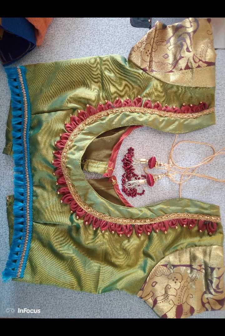 simple blouse design - X POULETTE 3 TAVO S * * * * o InFocus NARAZIE - - ShareChat